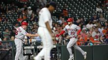 Walsh's big night helps Angels rally for 5-4 win over Astros