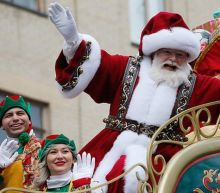 Covid-19: US pulls plan to give early vaccine to Santa Claus performers