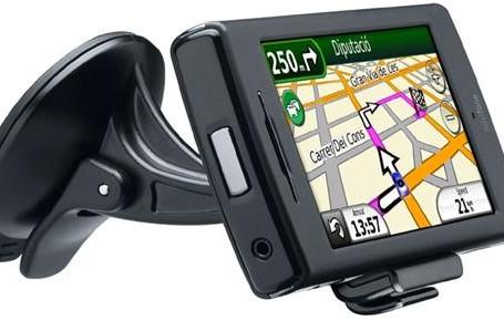 Garmin-Asus nuvifone finally coming to America in Q4 (or so they say)
