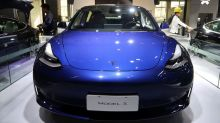 China-built Tesla cars recommended for subsidies: ministry