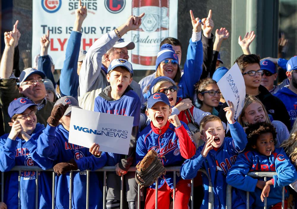 Reds' new 'Bandwagon cam' pokes fun at Cubs fans