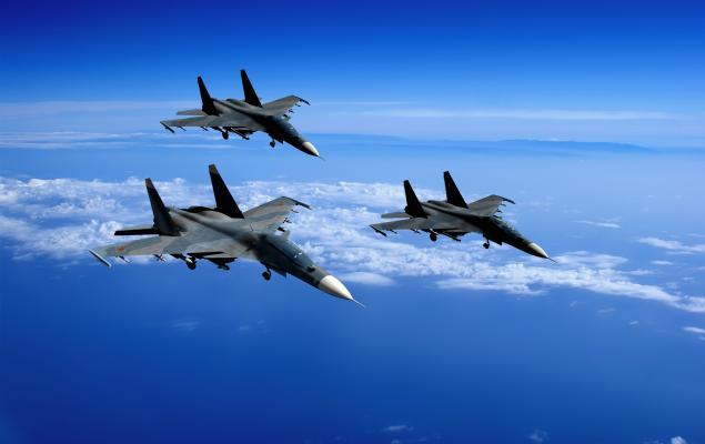 Boeing Wins Deal to Offer Training Services for F-15 Program