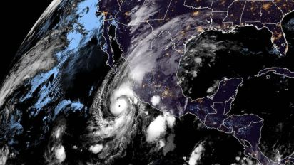 Hurricane Willa, now a Cat. 4 storm, closes in on Mexico