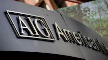 AIG names new CEO, breaks up its insurance business