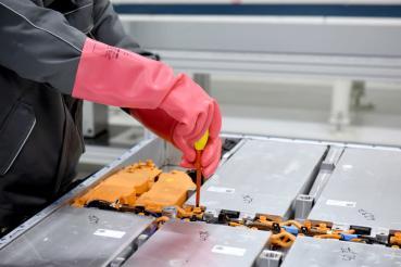 消費者對電動車電池不環保疑慮Volkswagen克服了
