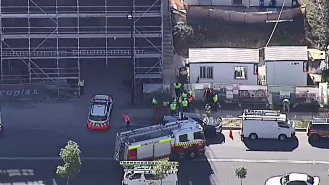 Man dies after falling seven storeys at Sydney construction site