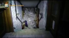 Rescuers reach avalanche-hit hotel in central Italy