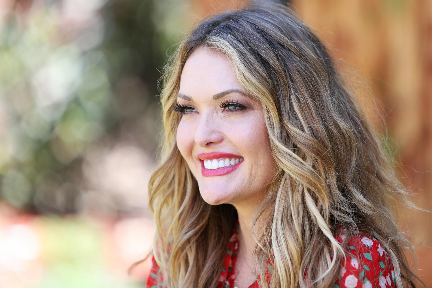 Amy Delucia she was given a 2 percent chance to survive. now, as a double amputee, amy  purdy thrives