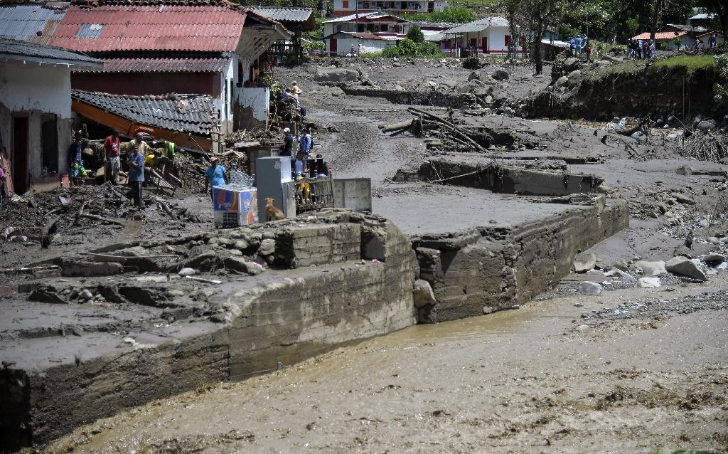 View after a landslide in Salgar municipality, Antioquia department, Colombia on May 18, 2015 (AFP Photo/Raul Arboleda)