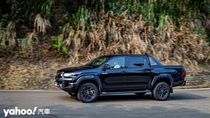 萬鈞之勢要輾壓的不只是惡地!2020 Toyota Hilux 2.8小改款西岸濱海試駕! - 18