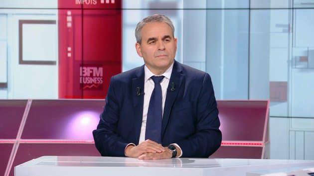 """Défiance envers la police: Bertrand défend Darmanin avant d'accabler Macron, """"le seul responsable"""""""