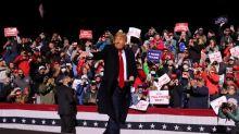 Trump sigue campaña en Iowa mientras estadounidenses votan en masa por adelantado