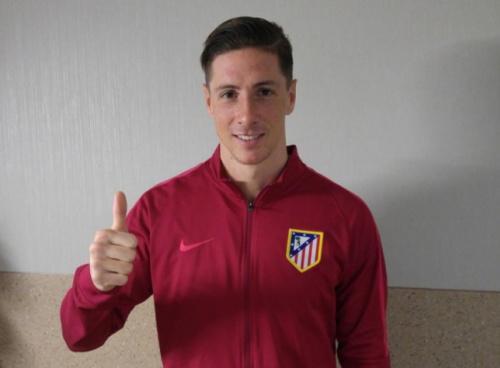 Fernando Torres renova com Atlético de Madrid por uma temporada