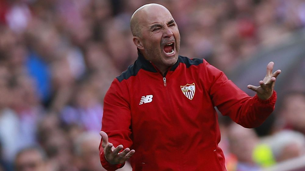 Malaga 4 Sevilla 2: Vazquez brace in vain for Sampaoli's men