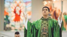 Justiça de Goiás arquiva processo contra padre Robson por lavagem de dinheiro