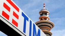 Vivendi weighing options over Telecom Italia
