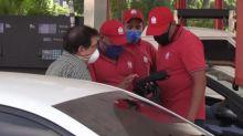 Dudas y dólares en mano: la gasolina estrena precio en Venezuela