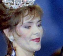 Leanza Cornett: Former Miss America, 49, dies from brain injury after fall