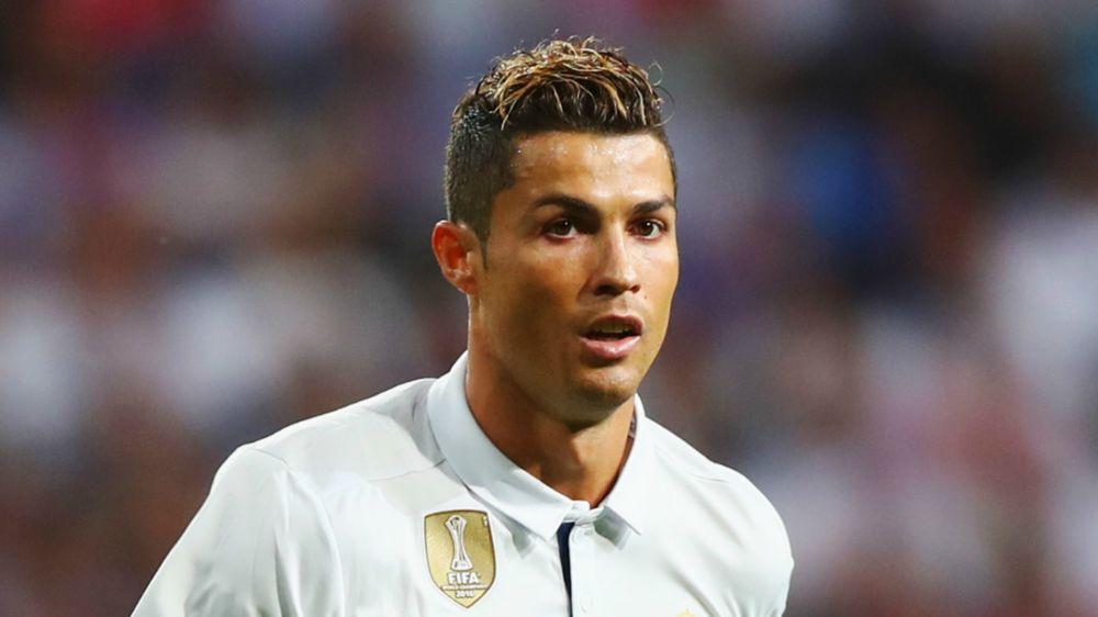 """Fuoriclasse sì, extraterrestre no: Ronaldo 'rassicura': """"Sono di questo pianeta"""""""