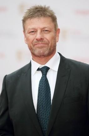 """<p>Brit actor Sean is another on-screen tough guy whose nemesis is flying. """"My parents were afraid of flying and it rubbed off on me,"""" he told <em><a href=""""http://www.contactmusic.com/news/beans-fear-of-flying_1057712"""" target=""""_blank"""">contactmusic.com</a></em>. """"I used to drive to all my film locations in Europe but I couldn't when it came to filming <em>The Lord Of The Rings </em>in New Zealand.I wouldn't get into a helicopter with the rest of the cast. They had to wait for me to walk up the mountain and join them before they could start filming.""""</p>  <p></p>"""