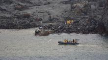 Militares recuperan seis cuerpos desde isla volcánica de Nueva Zelanda, dos siguen desaparecidos