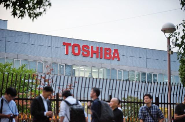 Toshiba sells its TV unit to Hisense