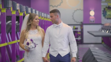 This fitness couple is so dedicated, they got married at the gym