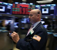Wall Street tumbles as Apple, internet stocks swoon