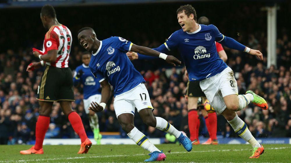 Arsenal também quer um Kanté e procura volante do Everton