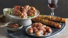 We don't mean to cause hysteria, but Aldi are launching foot-long pigs in blankets for Christmas