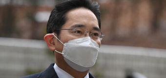 Deux ans et demi de prison pour l'héritier de Samsung