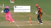 Rahul Tewatia's Bails Lighting Up But Refusing to Fall Down in RR Vs SRH Game Stumps Twitter