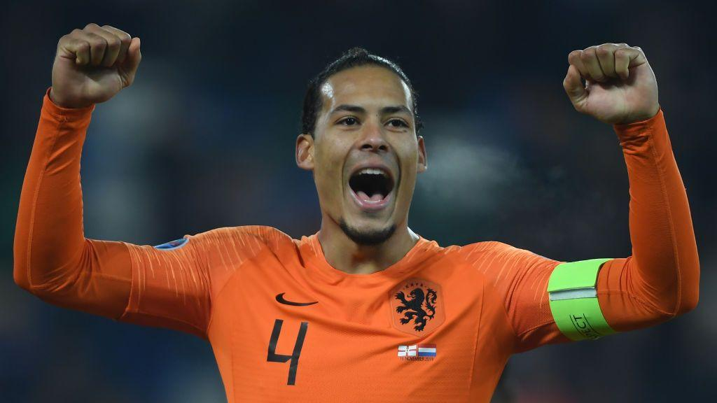 "Van Dijk leaves Netherlands squad for ""personal reasons"""