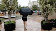 Avisos en 8 comunidades por lluvias y tormentas que darán una tregua al calor
