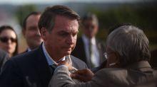 Entidades de jornalismo e OAB dizem que insulto de Bolsonaro a repórter é ataque à democracia