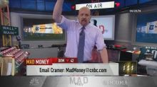 Cramer's lightning round: The pecking order for my favori...