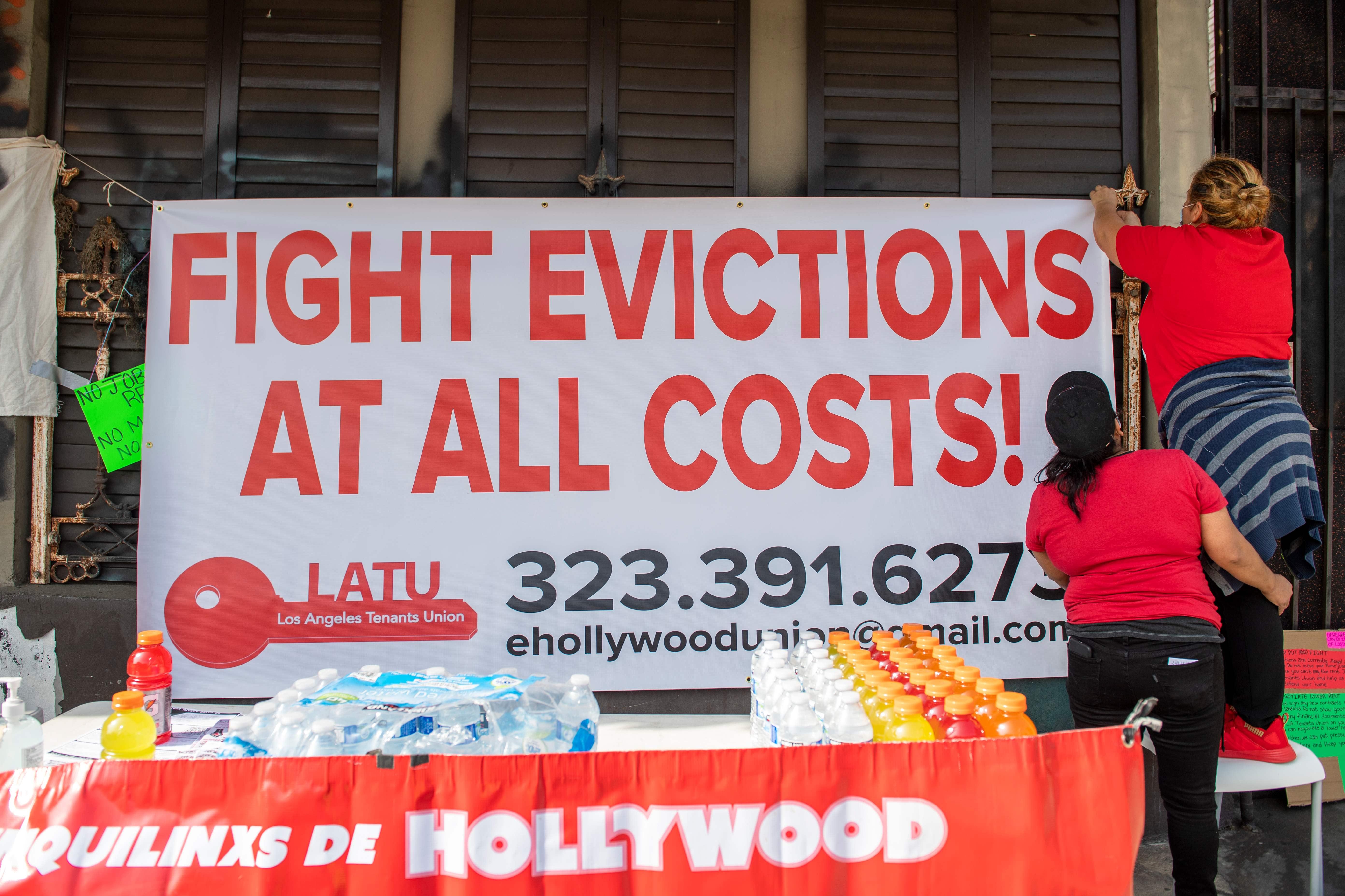 Congress fails to extend eviction moratorium