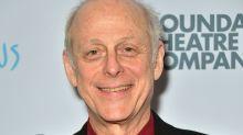 "Mark Blum, vu dans ""Crocodile Dundee"", est mort de complications dues au coronavirus"
