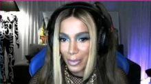 Anitta inicia 'fase gamer' e diverte até falando intimidades: 'Estou bem abastecida de homens'