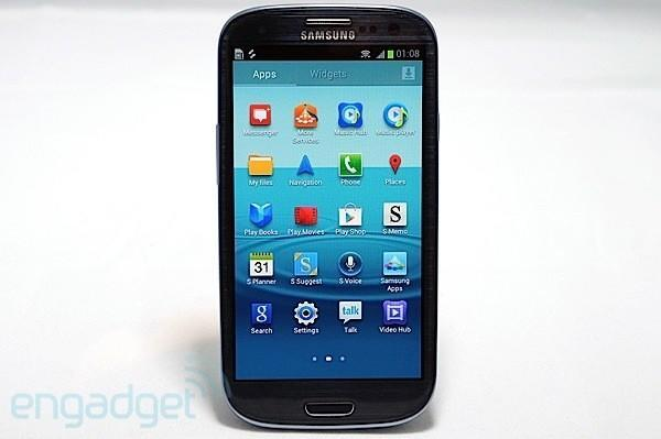 Samsung Galaxy S III is official: 4.8-inch HD Super AMOLED display, quad-core Exynos processor and gesture functions