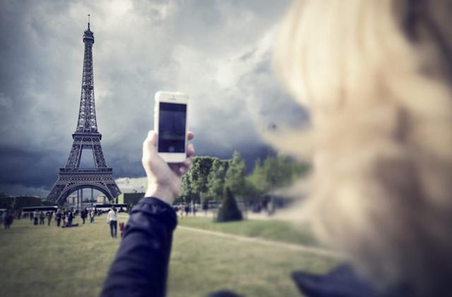 European commission pulls free roaming plan after complaints