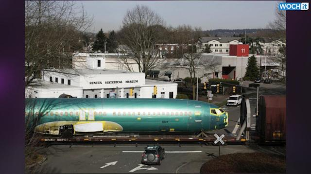 Boeing To End Pension Plans For Non-union Employees