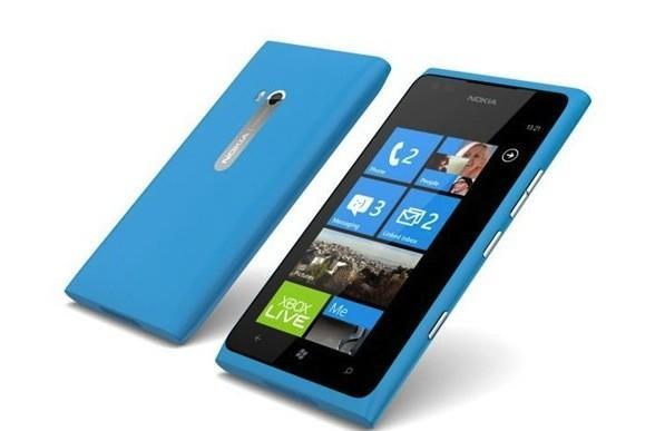 Nokia makes Lumia 900 free to all AT&T customers, now through April 21st