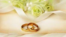 Ehering umfunktioniert: So rührend überraschte eine geschiedene Mutter ihre Tochter