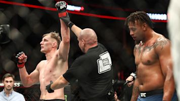 Greg Hardy goes down at UFC Moscow