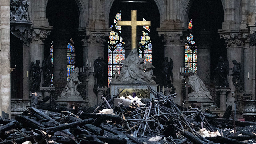 Notre Dame's rebuild cost may exceed $1 billion