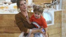 Rafa Brites é flagrada durante 'birra' do filho: 'se identificarão com isso'