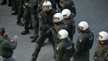 Krawalle vor Bundesligaspiel in Mönchengladbach - vier Polizisten leicht verletzt