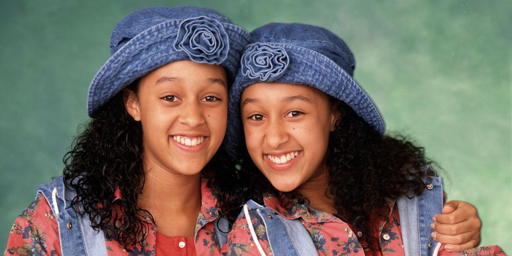 """Here's what you probably never noticed about the """"Sister Sister"""" theme song"""