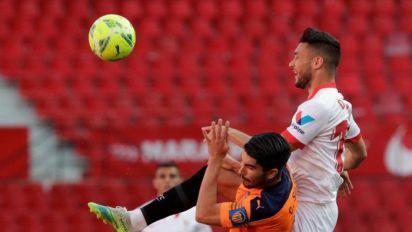 """Carlos Soler admite que el Sevilla """"ha tenido el control del partido"""""""
